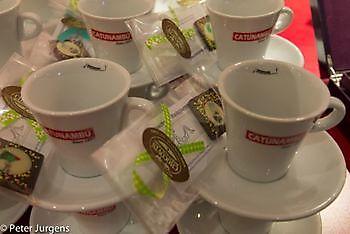 En koffie met chocolaatje, uiteraard Stichting Het Winschoter Stadsjournaal