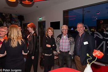 Lia en Max de Vree met Robert aan de praat Stichting Het Winschoter Stadsjournaal