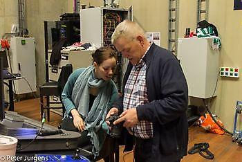 Met Ingrid van De Klinker even wat muziek afstemen Stichting Het Winschoter Stadsjournaal